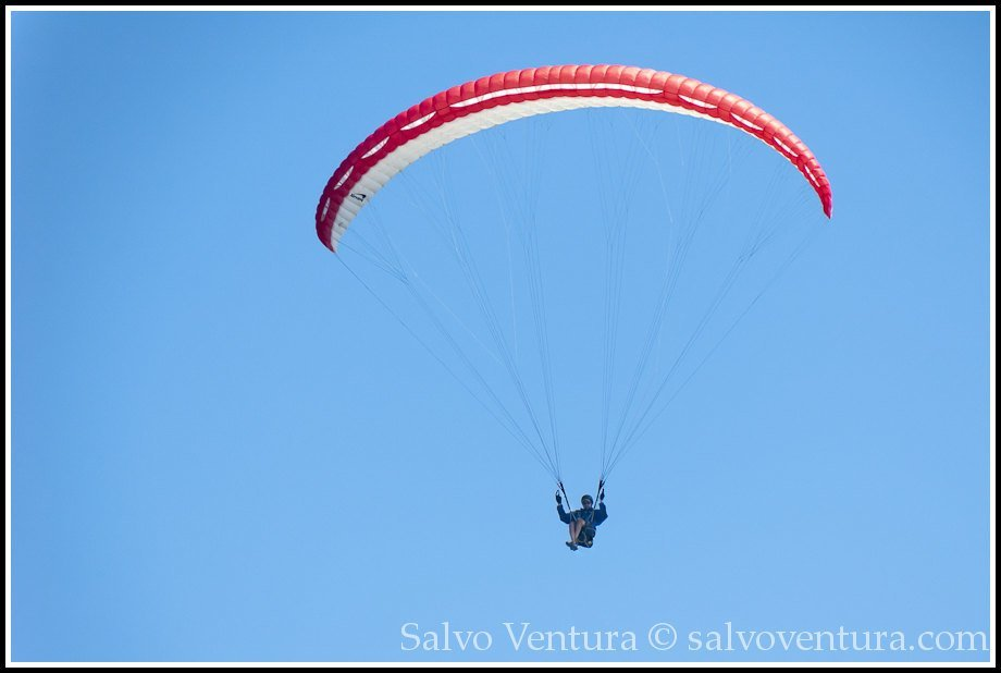 Paragliding in Goat Rock Beach