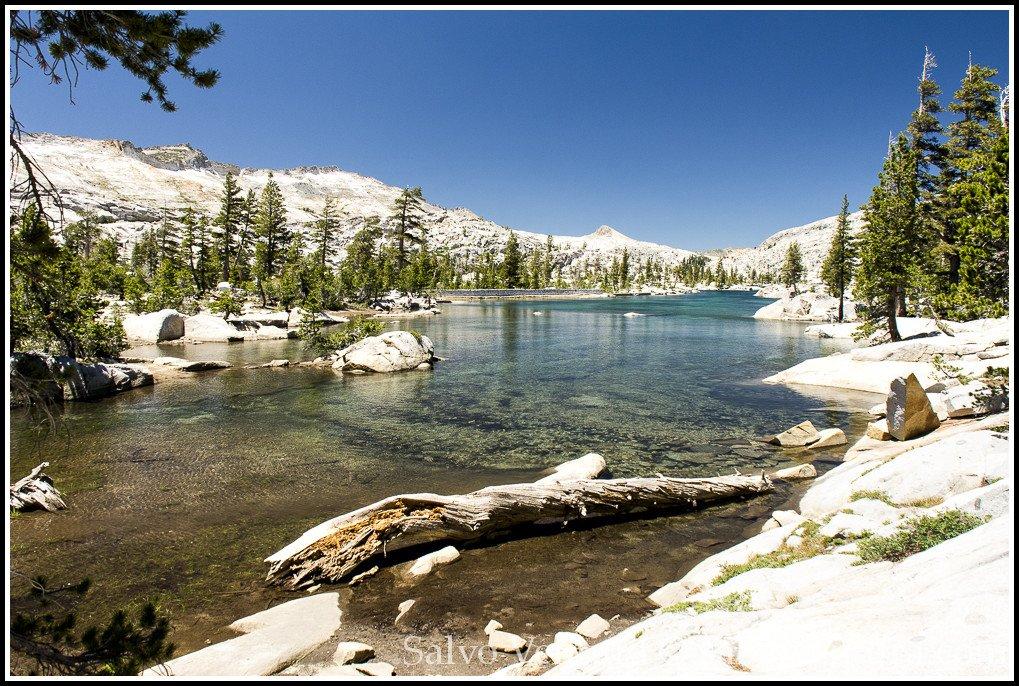 Hiking to Aloha Lake, Echo Lakes, Lake Tahoe 03 (salvoventura.com/blog)