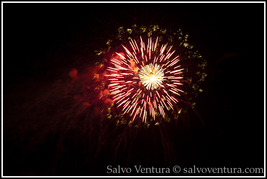 4th_july_fireworks_shoreline_mountain_view_7840